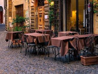 Suolo pubblico per bar e ristoranti all'aperto proroghe e nuove conce