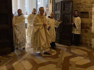 A Santa Maria sono i giorni del Perdono, accessi in basilica contingentati