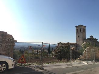 Ripristino muro di cintalavori all'abbazia di San Pietro