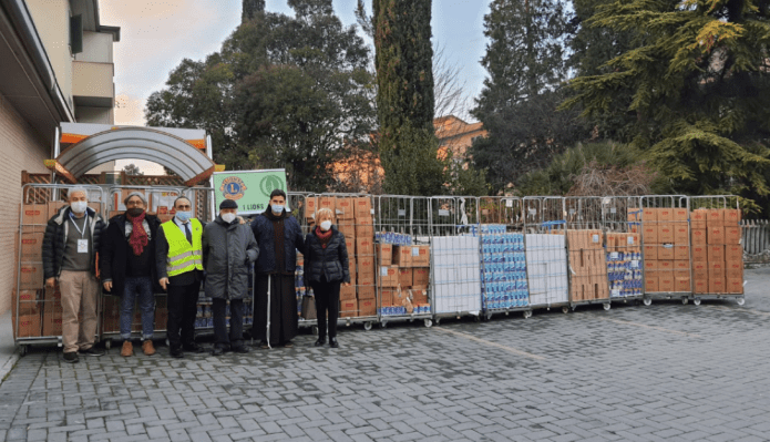 Lions Club Assisi: donazione derrate alimentari a Caritas. Proseguenell'obiettivodi dedicare le proprie risorse in aiuto al territorio