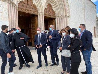 Sindaco Proietti, ho chiesto impegni per Assisi al ministro Garavaglia