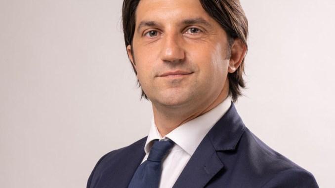 Avvocato angelano Simone Pasqualoni si candida a sostegno di Marco Cosimetti