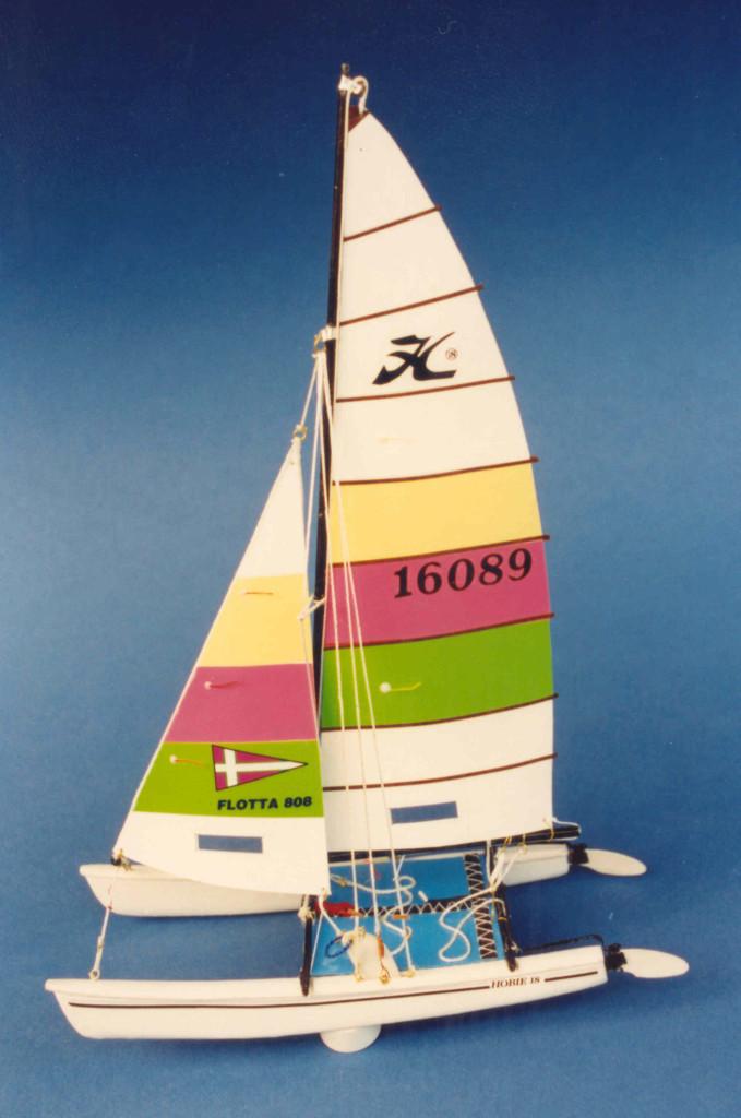 1989.12 modellino hc 18 - Copia