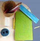 <h5>la mia scrivania</h5><p>oggetti in creta dimensione reale</p>