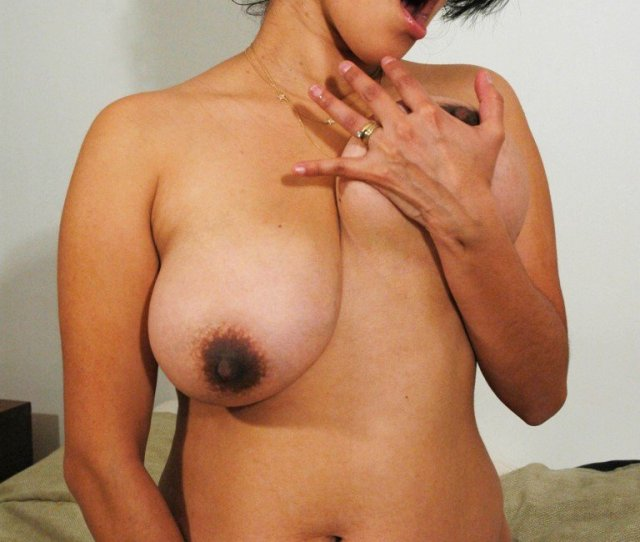 Latina With Huge Pregnant Boobs And Belly