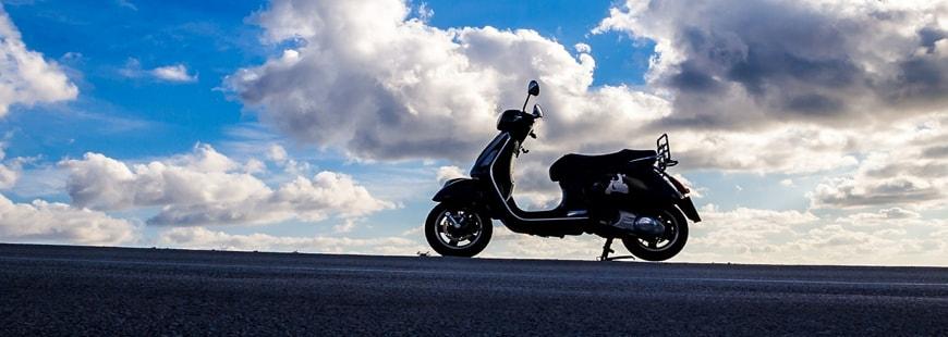 april moto revoit son assurance scooter. Black Bedroom Furniture Sets. Home Design Ideas