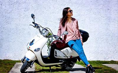 assurance scooter