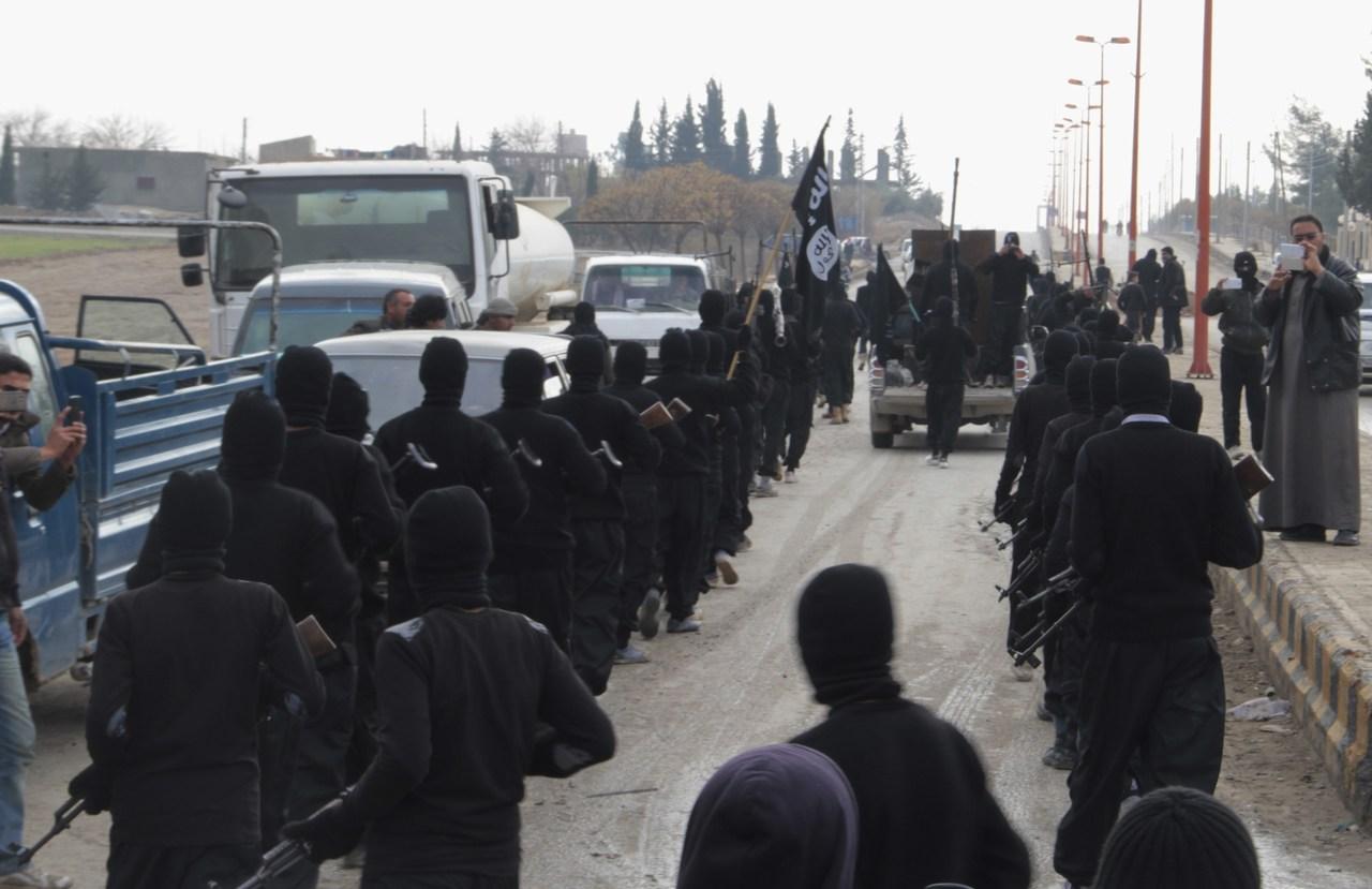 """تنظيم """"داعش"""": هجومه يهدد أسواق النفط"""