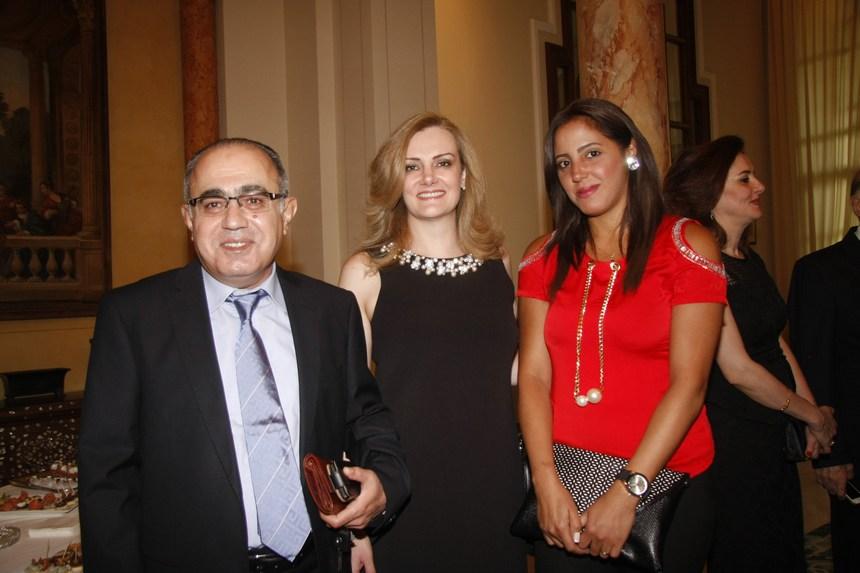 مايا الحوت مع ناديا ومحمد سلطاني