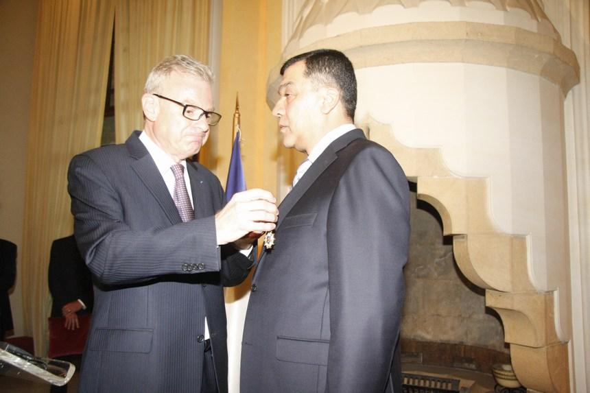 وسام جوقة الشرف الفرنسي لمحمد الحوت