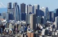 رئيس وزراء اليابان يعد بتسريع الإصلاحات الاقتصادية