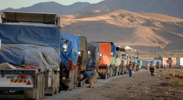 العراق يفرض رسوماً على الواردات