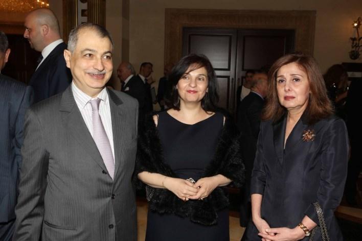 ريتا نمور مع أمين ومهى الحافظ