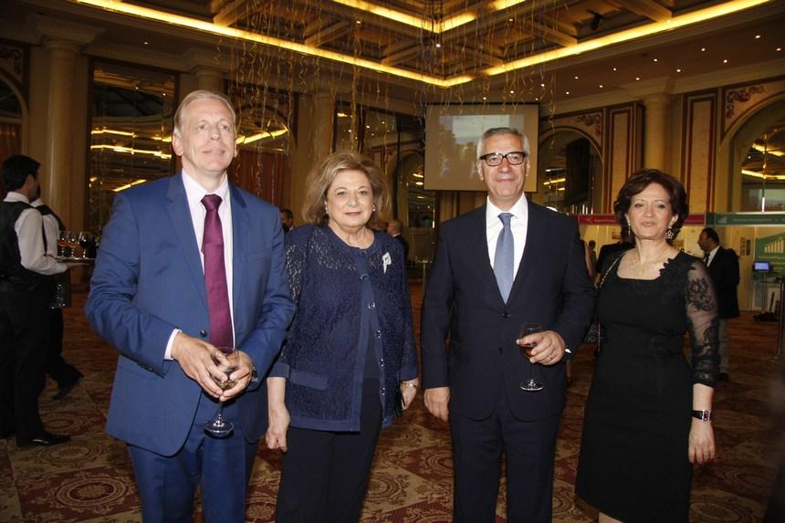 القاضي جان فهد وقرينته مهى مع جيلبيرت زوين وسفير بلجيكا أليكس ليانيرتس