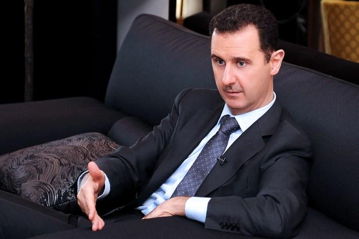 الرئيس بشار الأسد: فضل التعامل مع التجار على حساب العلويين