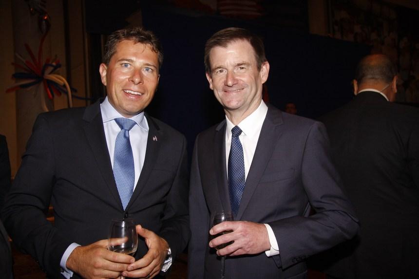 سفير أميركا ديفيد هيل وسفير بريطانيا توم فلتشر