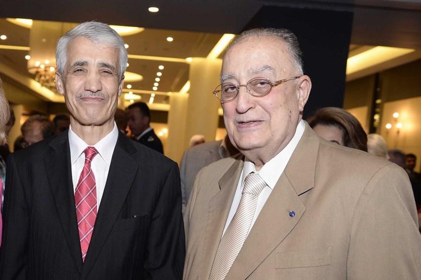 كميل فنيانوس وسفير الجزائر أحمد بوزيان