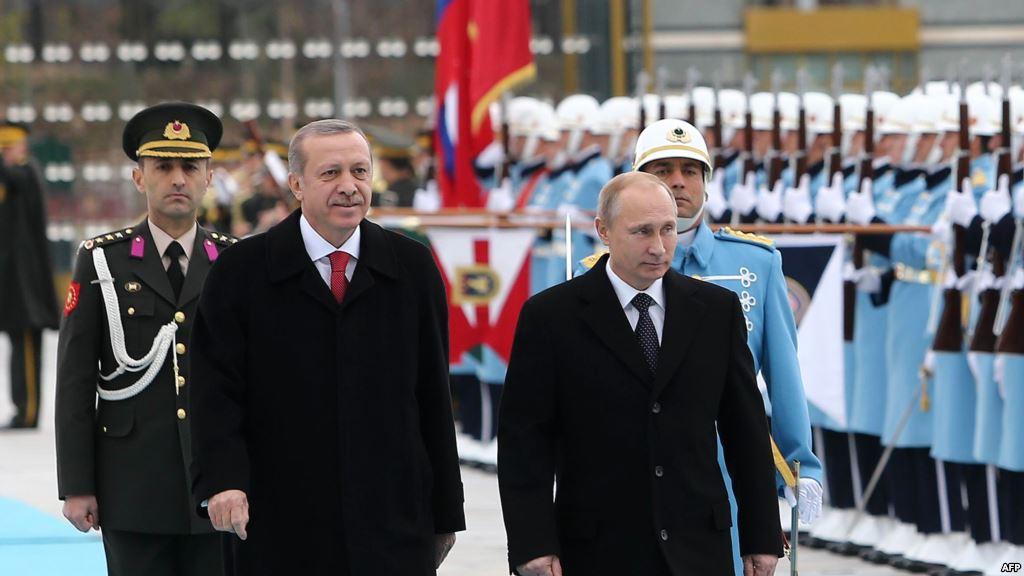 الرئيسان فلاديمير بوتين ورجب طيب أردوغان: تبعدهما الخلافات السياسية وتقربهما مصالح الطاقة