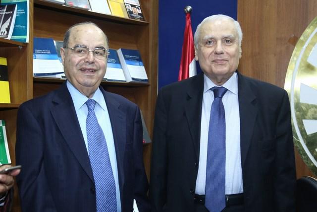 الوزير السابق الياس حنا والزميل فؤاد دعبول