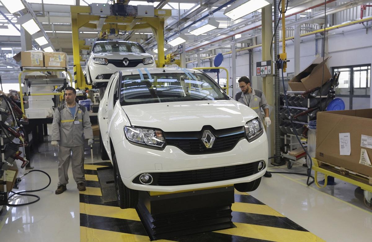 المغرب يُعزّز صناعته في قطاعي السيارات والطائرات ويبحث عن مزيد من الإستثمارات