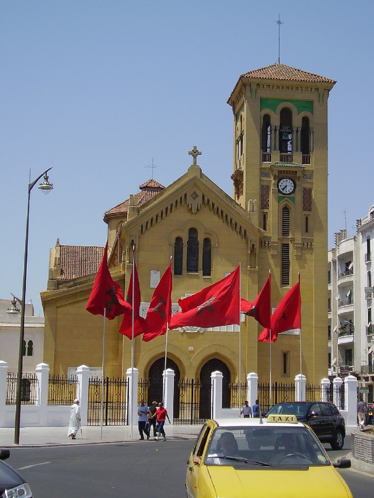 متى يعترف المغرب بمسيحييه؟