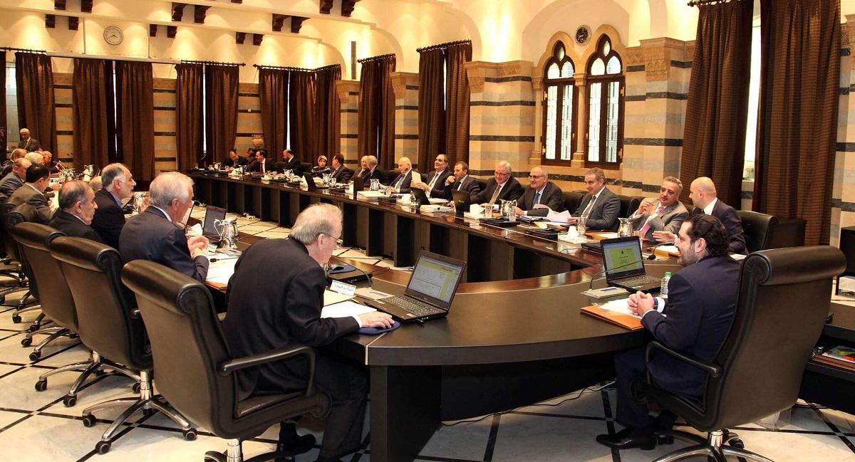 في لبنان، صِحَّةُ الحكومةِ هي العَجَبُ