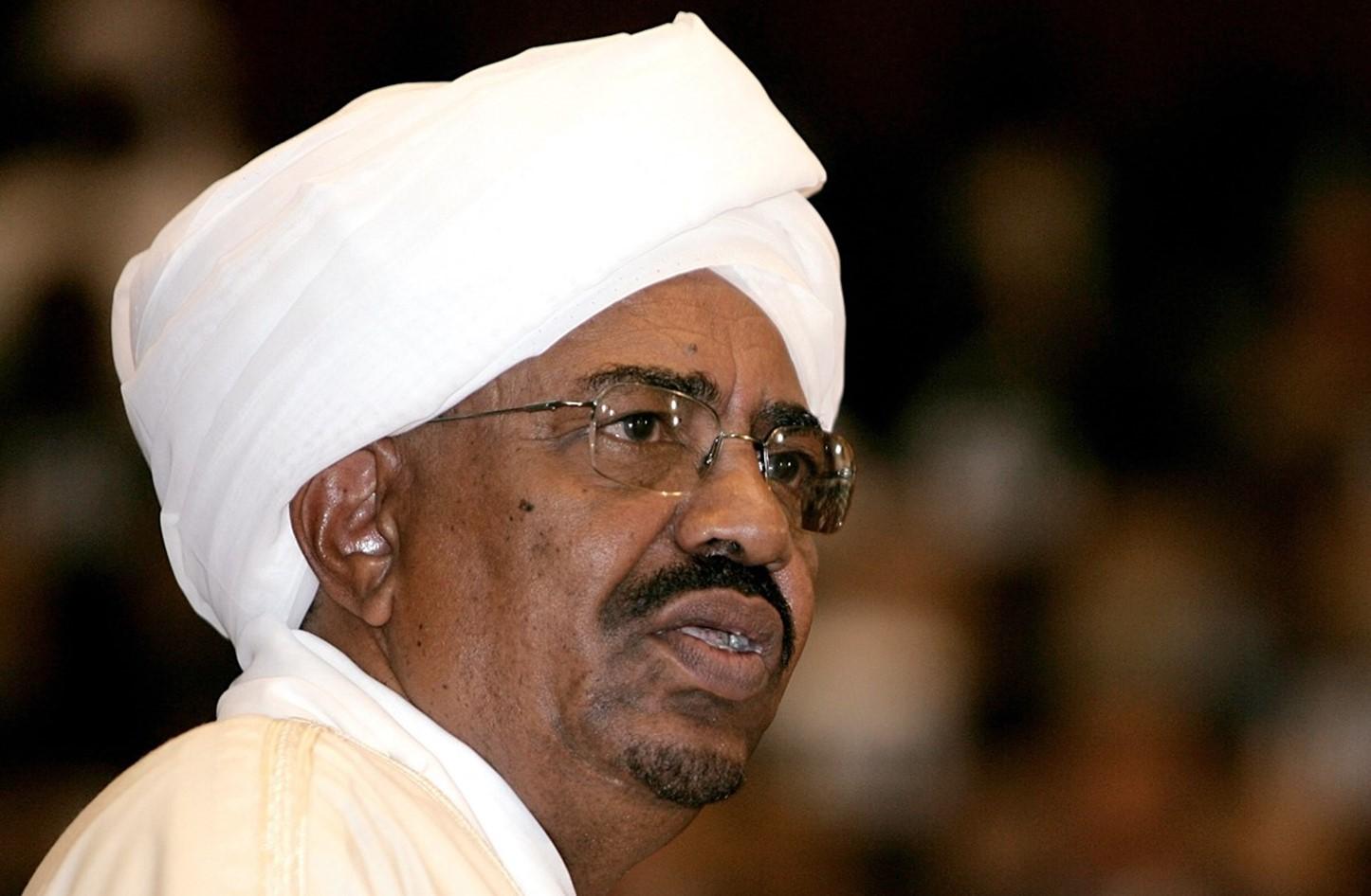 هل وصل البشير أخيراً إلى لحظة الحقيقة والحساب في السودان؟