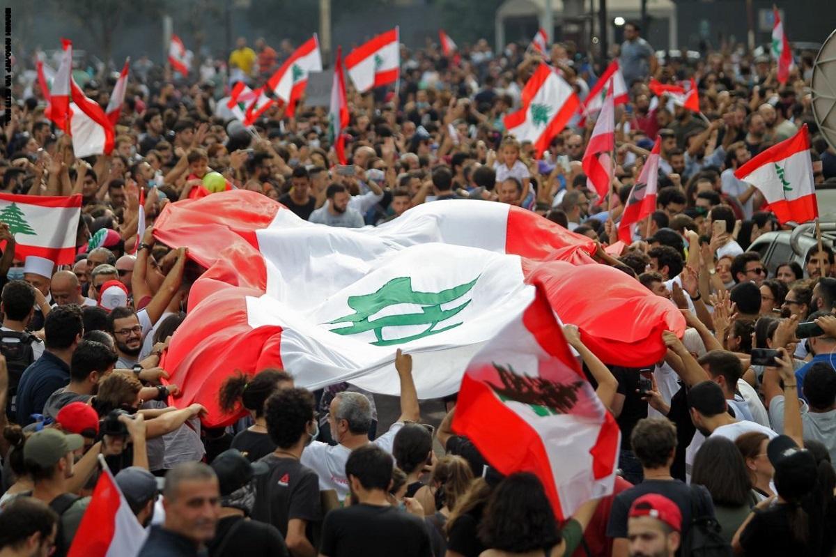 فرصة للإنقاذ في لبنان والعراق