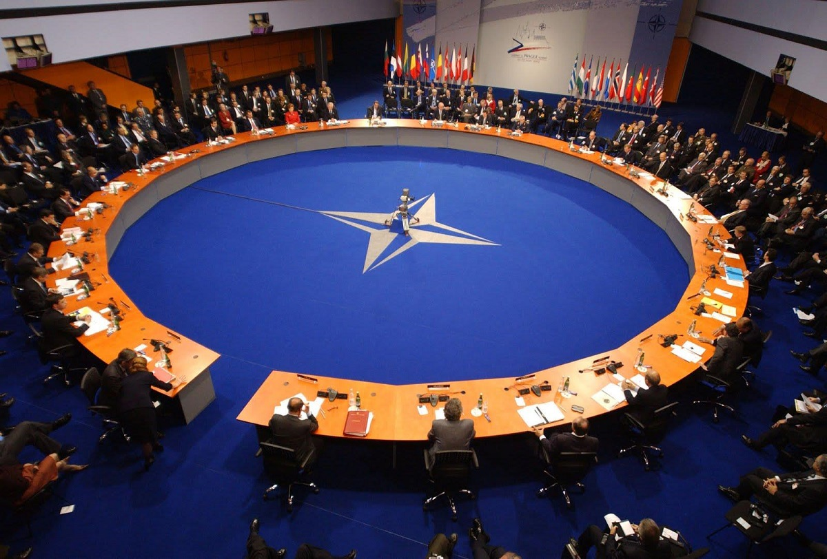 لماذا كانت إنجازات التعاون العسكري بين الحلف الأطلسي والشرق الأوسط متواضعة؟