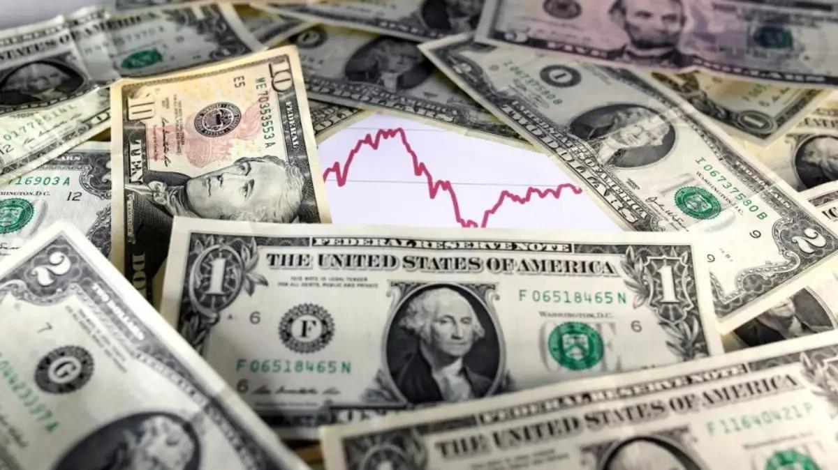 قراءةٌ في ركودِ وانخفاضِ الدولار