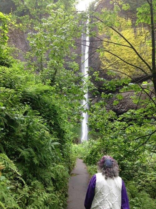 Rabbi Debra Kolodny | As the Spirit Moves Us. Walking to LaTourelle Falls