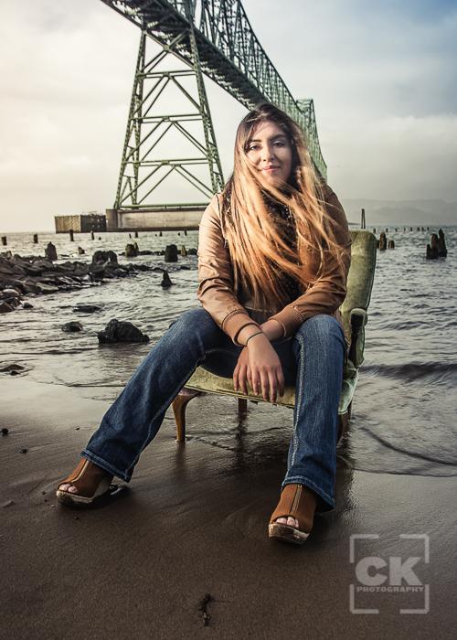 Astoria Senior Photography - Riverwalk portraits girl windy