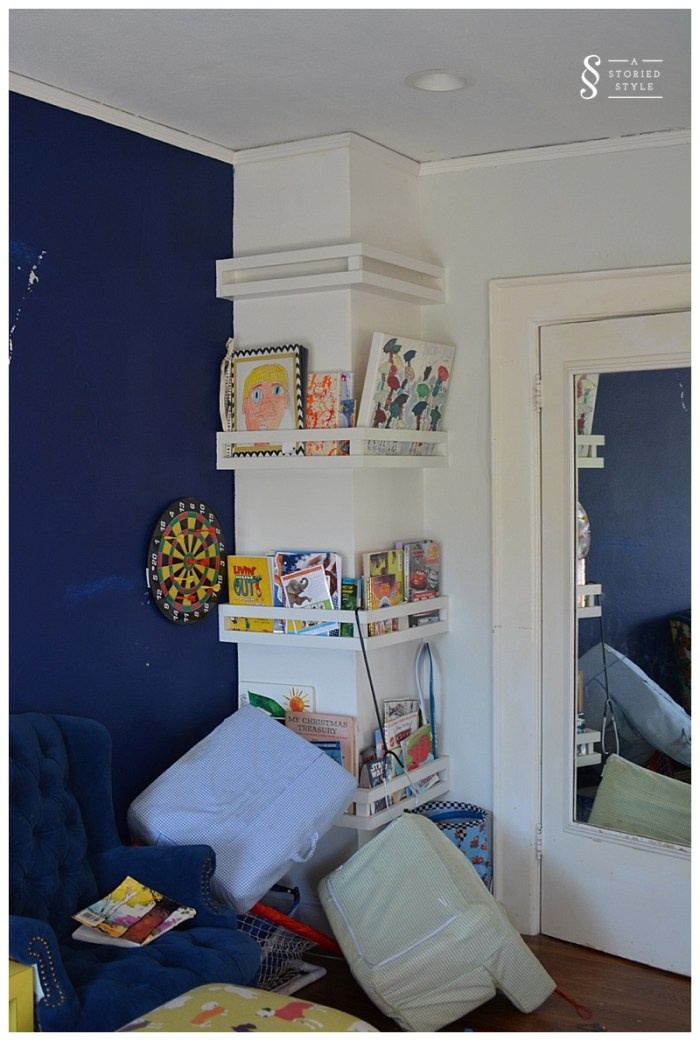 book rack column