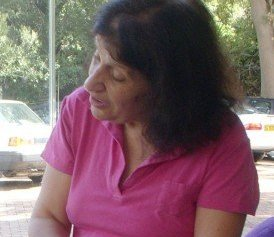 A worker of Astra Centre