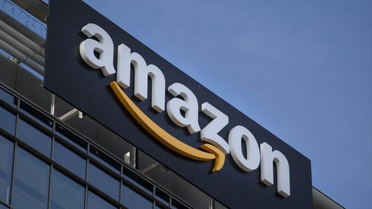 Η Amazon λανσάρει μηχανήματα που συσκευάζουν προϊόντα και αντικαθιστούν θέσεις εργασίας