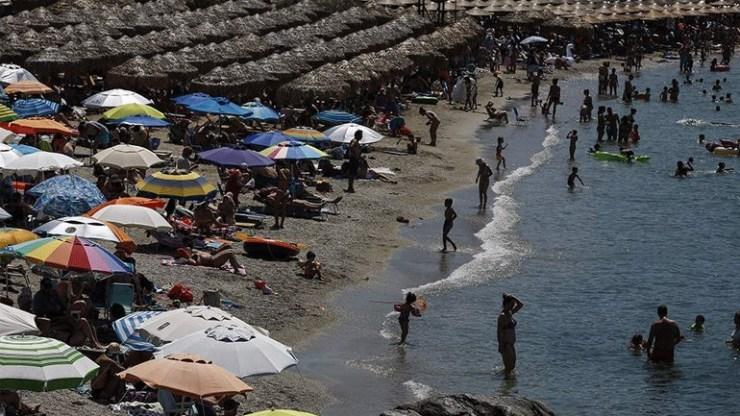 ΑΑΔΕ: Κομματικά κουπόνια αντί για αποδείξεις «έκοβε» αναψυκτήριο στο Αίγιο