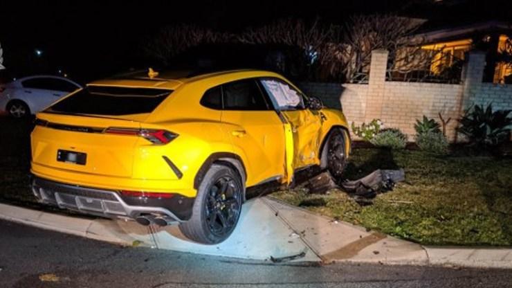 Πιτσιρικάς διέλυσε μία Lamborghini Urus και ένα Subaru