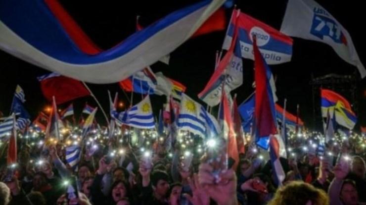 Ουρουγουάη: Προβλέπεται μεγάλη ήττα για το Ευρύ Μέτωπο στις εκλογές του Νοεμβρίου