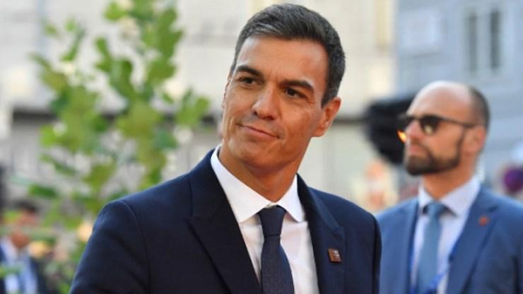 Άνετη νίκη των Σοσιαλιστών δείχνουν οι δημοσκοπήσεις στην Ισπανία