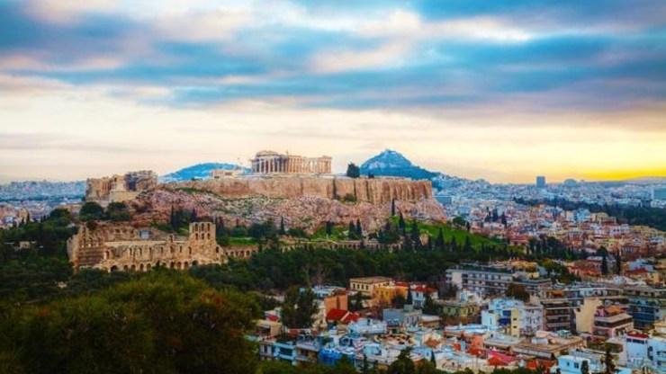 H Κομισιόν επαναφέρει την Ελλάδα στη λίστα των χωρών «διαπραγματεύσιμου ρίσκου»