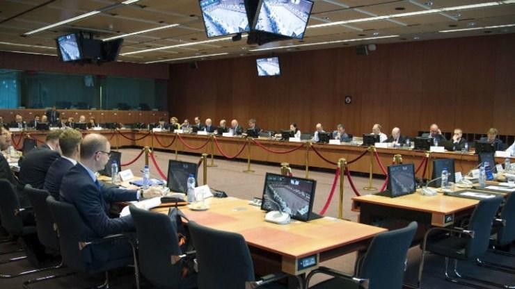EWG: Εγκρίνει την επόμενη δέσμη μέτρων για το χρέος