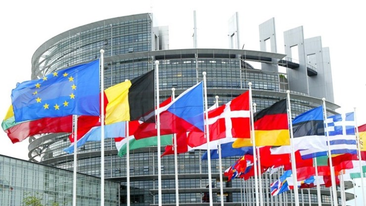 ΕΕ: Στόχος να μειωθούν στο μηδέν ως το 2050 οι καθαρές εκπομπές αερίων