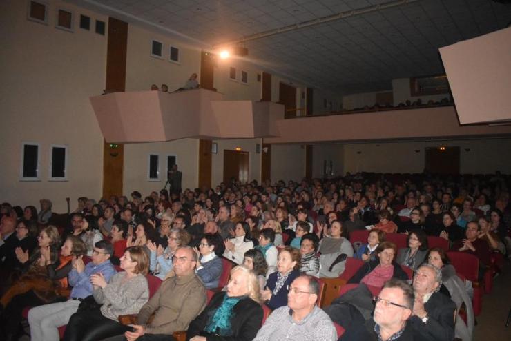 """""""Μάγεψε"""" τους Λαρισαίους η Έλλη Πασπαλά στο φινάλε του Φεστιβάλ """"Μουσικότροπο"""" (φωτό - video)"""