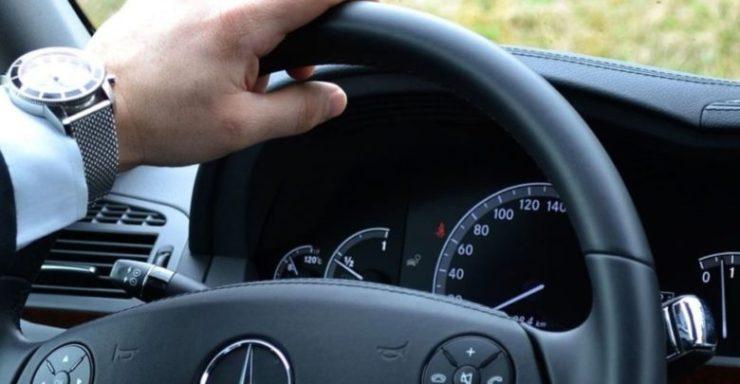 46χρονος έπαθε ανακοπή καρδιάς την ώρα που οδηγούσε στη Λάρισα