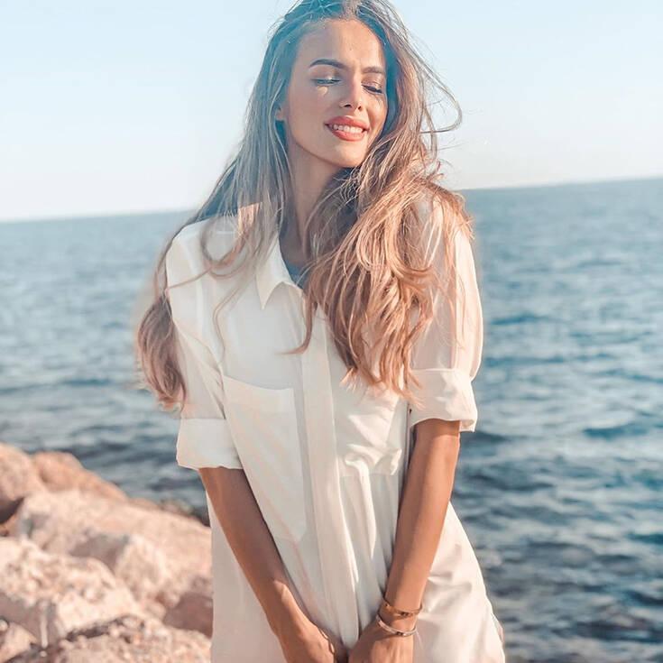 Η μικρότερη αδελφή της Άννας Πρέλεβιτς, Τέα είναι εξίσου εντυπωσιακή