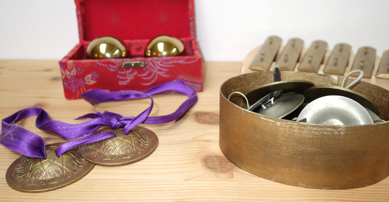 goldene Instrumente
