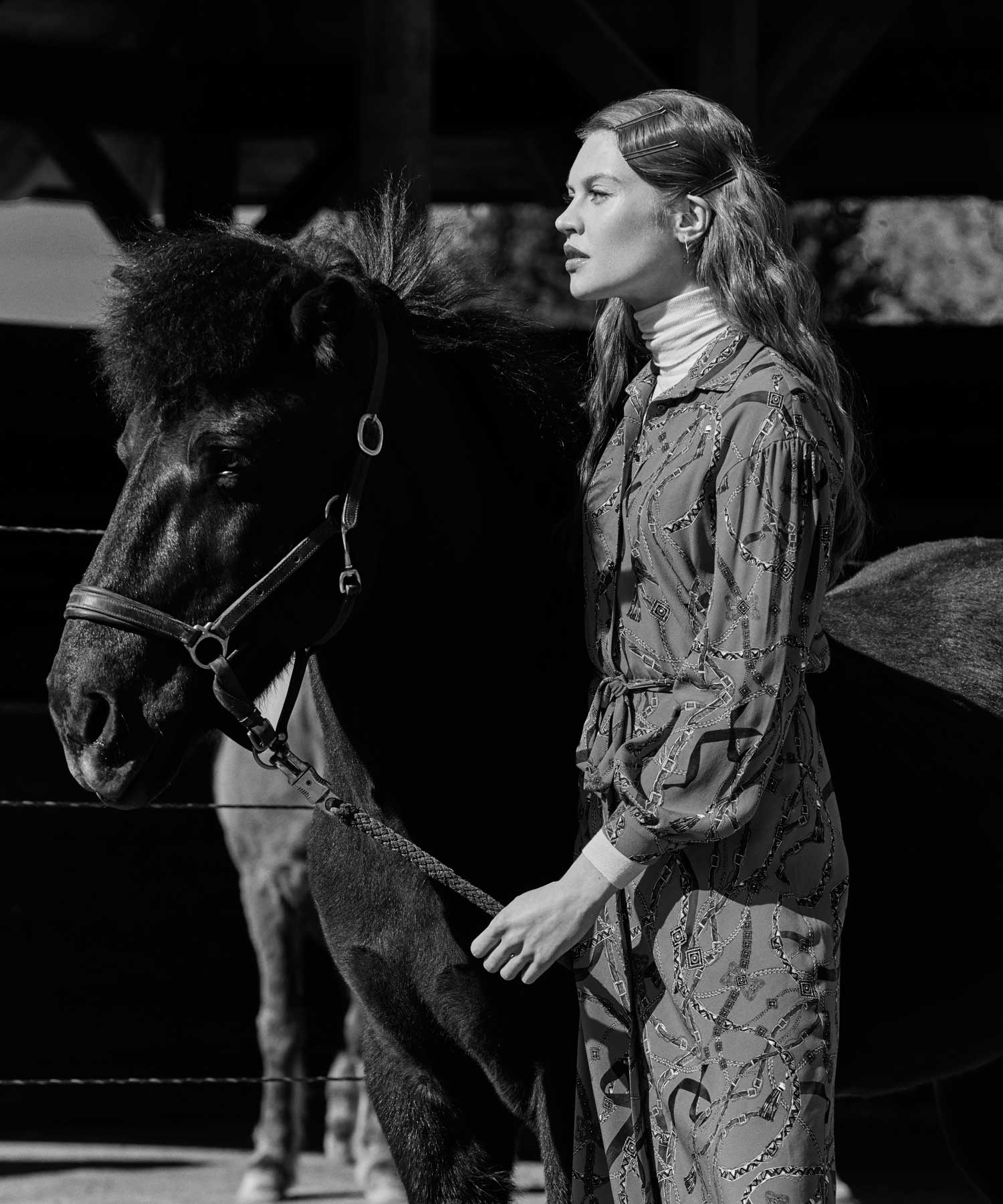 astrid m obert photography presents riding for burdastyle   fashion, sewing, pattern, design, stylling, editorial, burdastyle, magazine, horse, riding, astridobert, photography