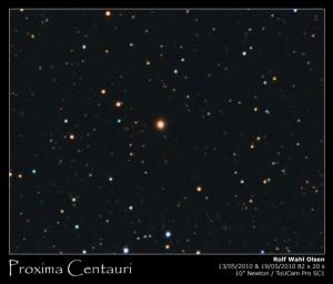 Próxima Centauri es una de las estrellas de Alfa Centauri. Para más señas, es una enana roja, así que seguirá ahí durante mucho tiempo...