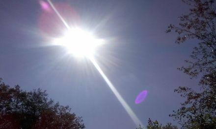 Por qué no chocan los planetas contra el Sol