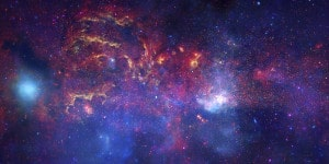 El centro de la Vía Láctea. Crédito: NASA/JPL-Caltech/ESA/CXC/STScI